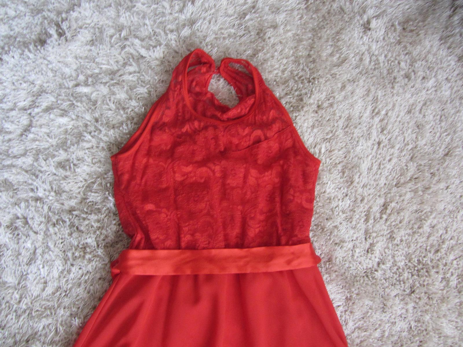 Červené spoločenské šaty - na redový tanec - Obrázok č. 3