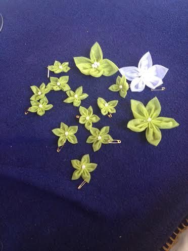 Kvety z organzy - Obrázok č. 2
