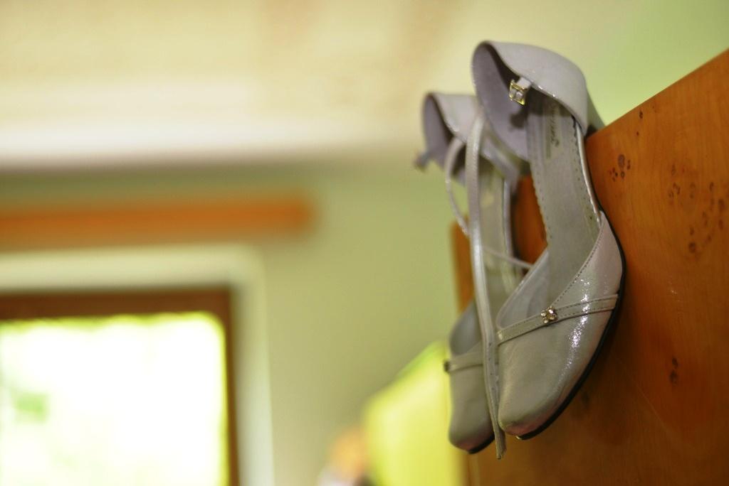 svadobné topánky striebornej farby - Obrázok č. 2