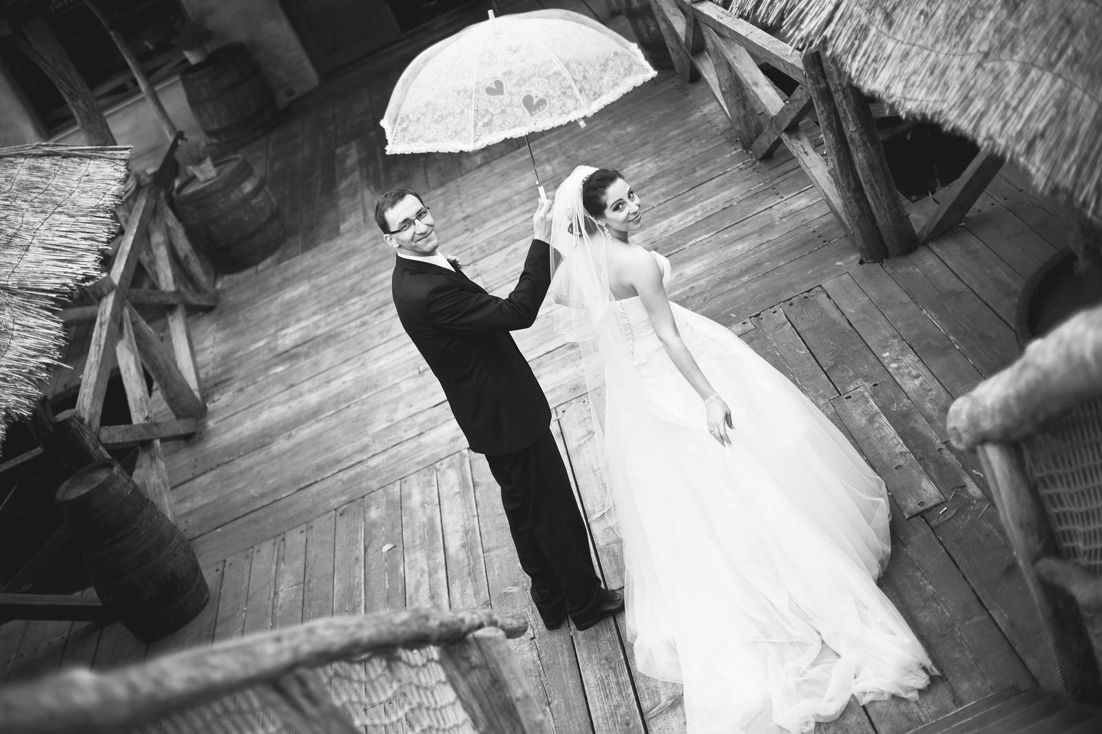 KATKA{{_AND_}} PEŤO Októbrová romanca - Odchadzame na svadobnu cestu...