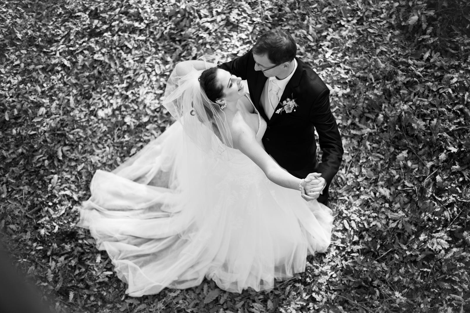 KATKA{{_AND_}} PEŤO Októbrová romanca - A tancujeme v lese...