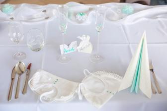 Hlavný stôl- pepermintová