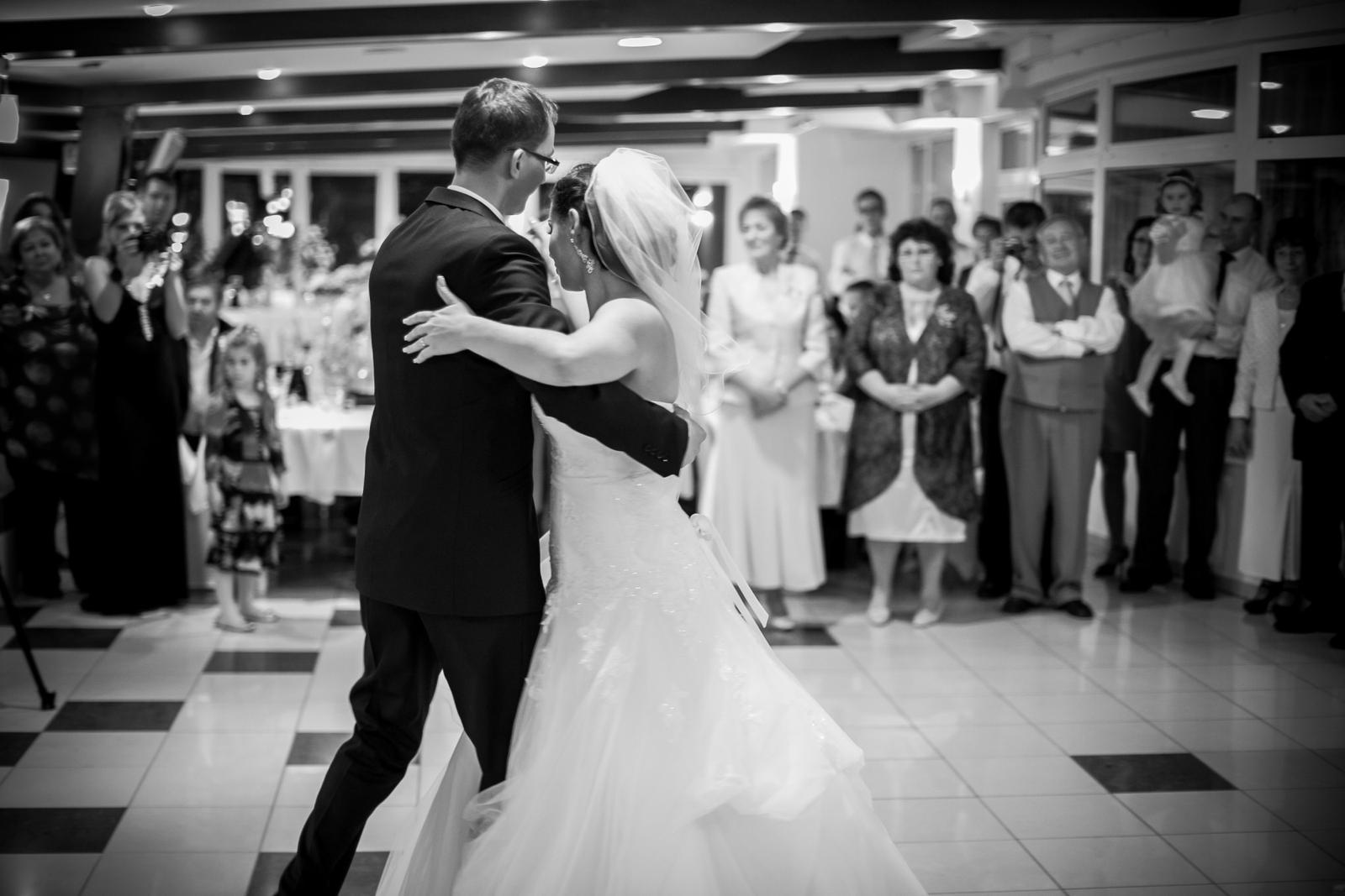KATKA{{_AND_}} PEŤO Októbrová romanca - Náš manželský tanec