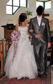 princeznovské snehovobiele svadobné šaty, 38