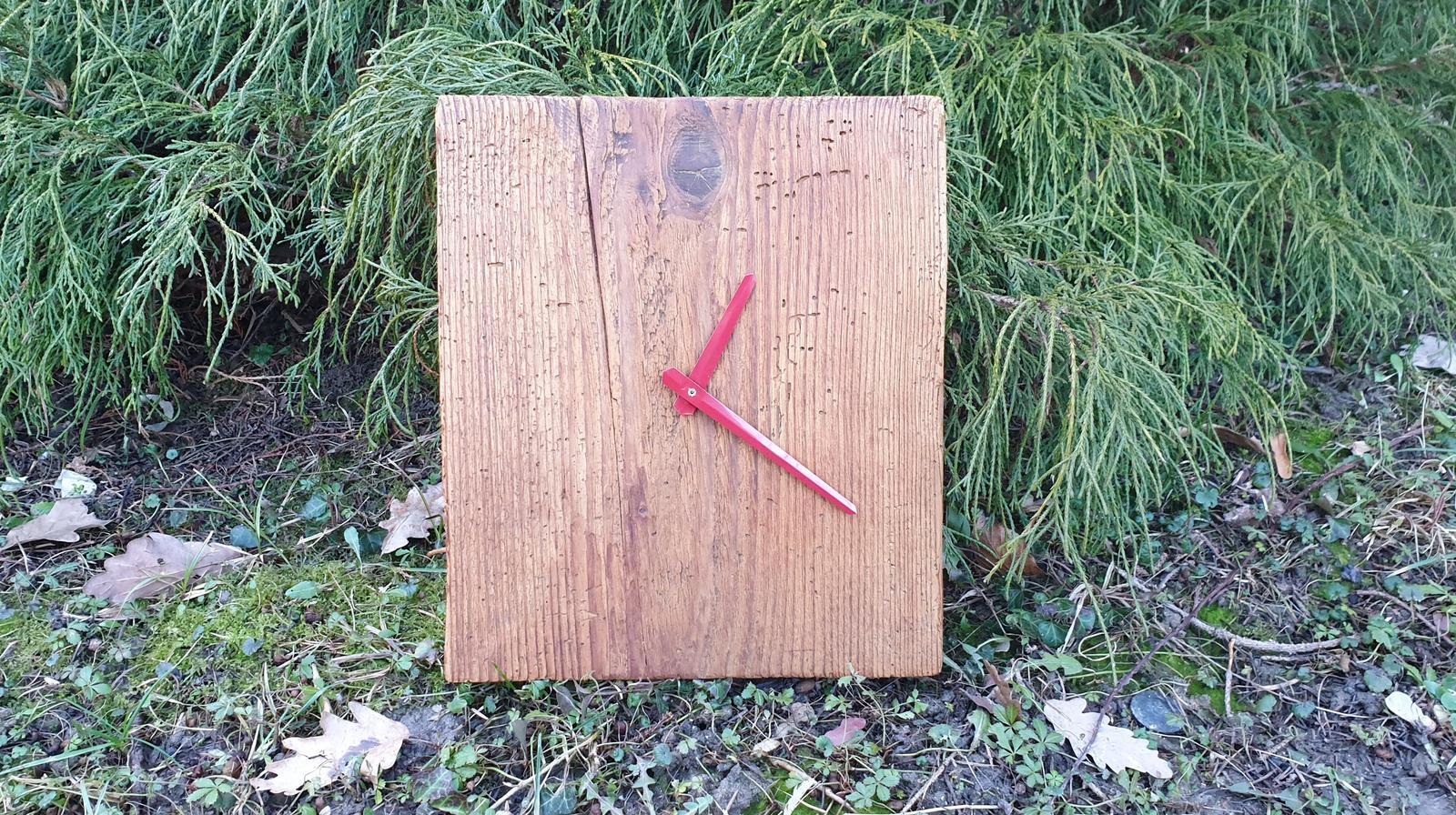 Hodiny z dreva - Obrázok č. 1