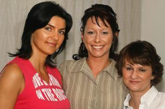 S moji dvorní kadeřnicí Kájou a kamarádkou Péťou
