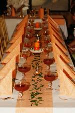 Naše svatební tabule,makali jsme na ni s aranžérkou do půl 3 ráno den předem:-)