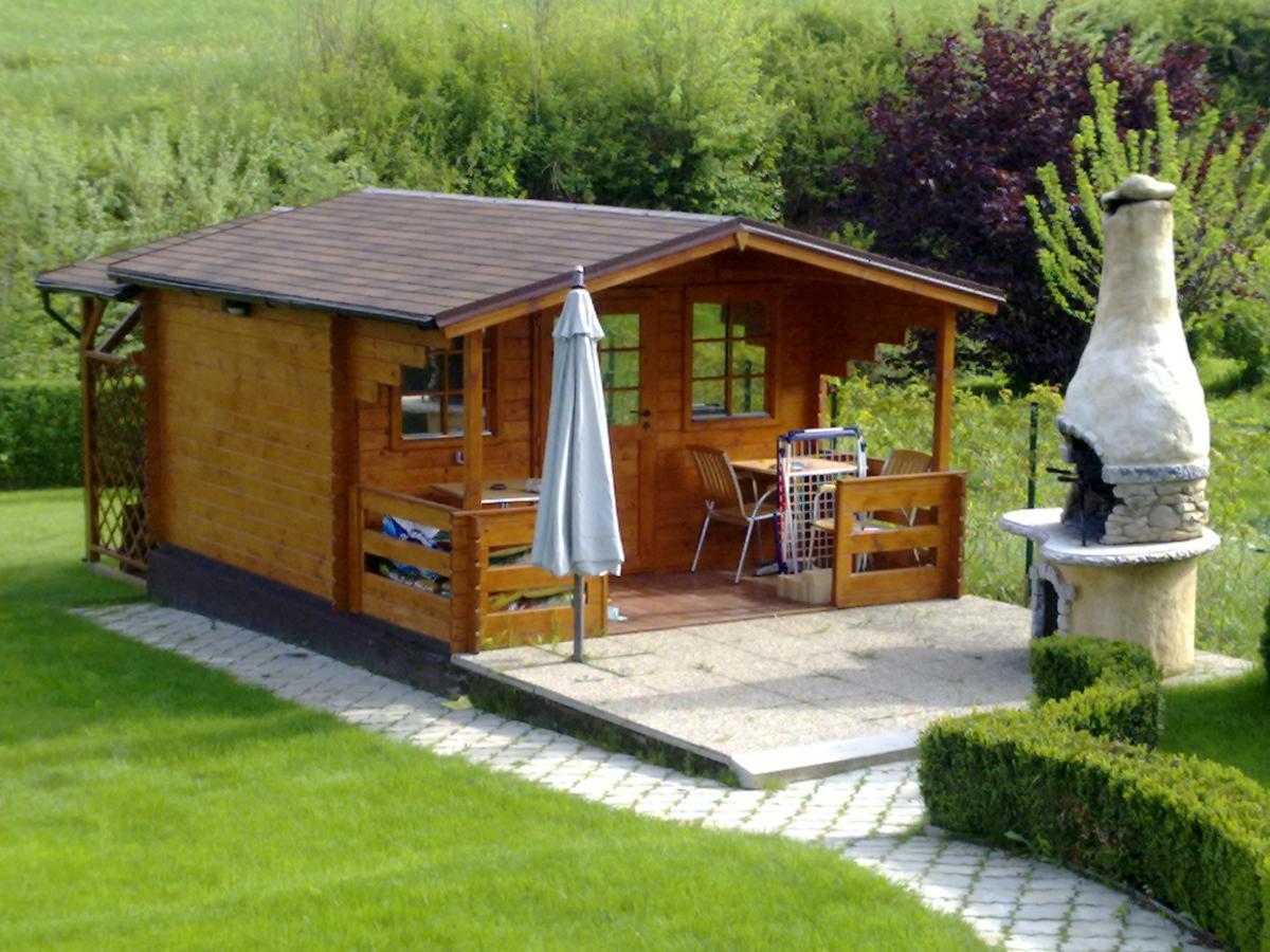 Inspirace záhrada a domky - záhradní domek by som tiež chcela a ked nie tak do stajne sa vše zmestí :-)