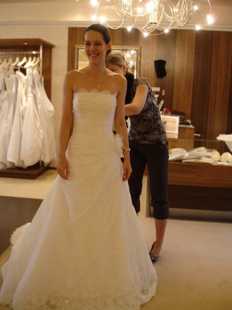 Maťko a Ivka:) 12.09.2009 - č.9 nakoniec to najlepšie moje šaty :)
