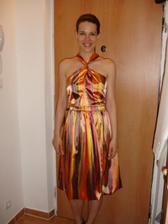 moje šaty popolnoci