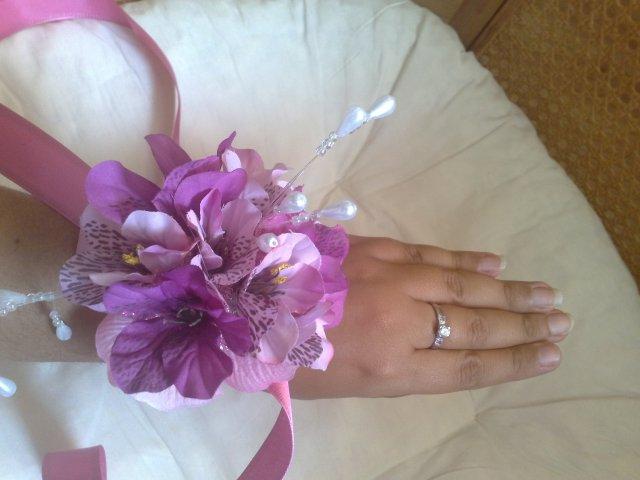 Keby som sa mohla odviazať, moja svadba snov by vyzerala takto... - kvetinky podla farby siat druziciek, kazda by mala svoju farbu