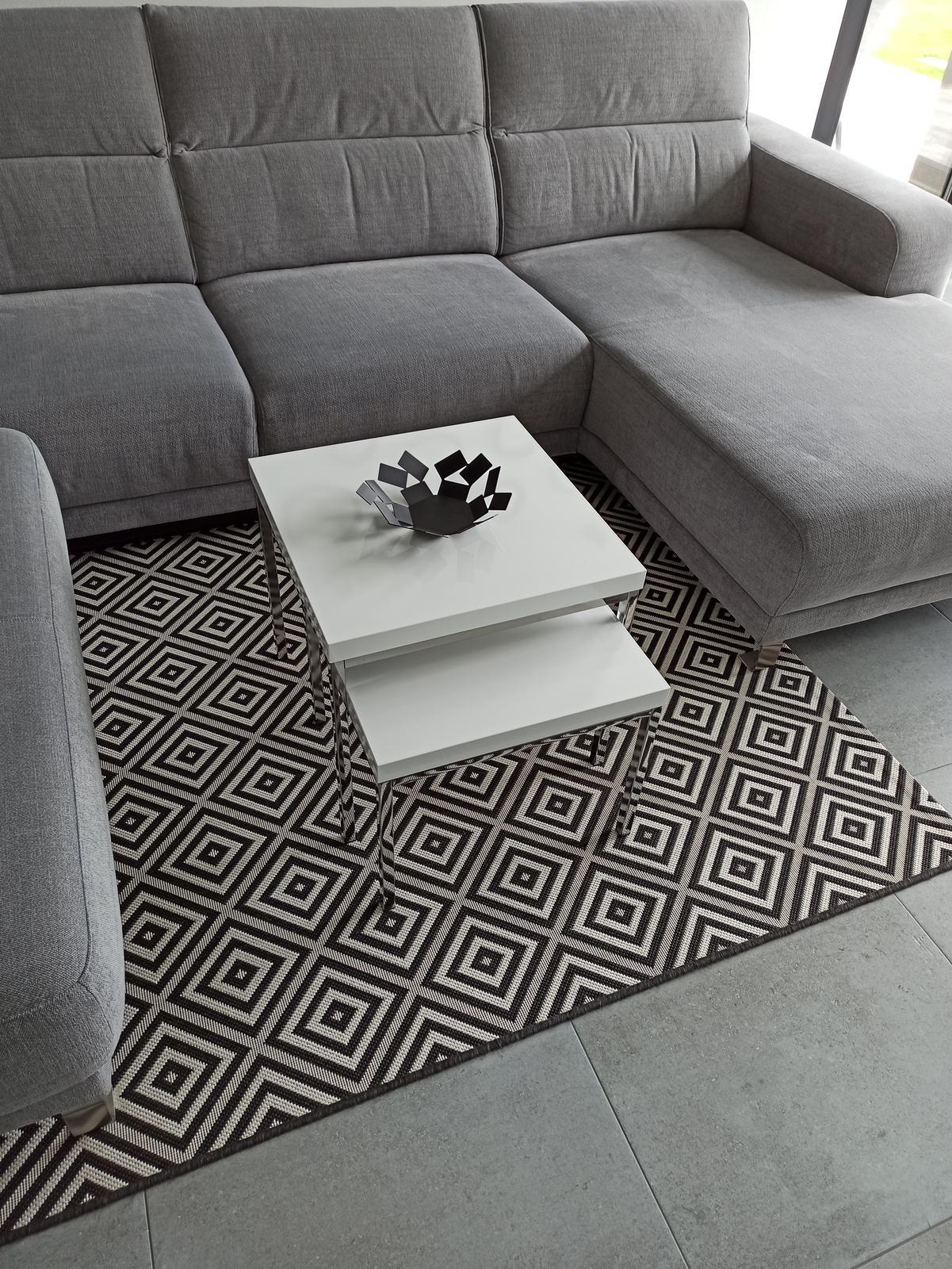 2xkonferencni stolek+koberec - Obrázek č. 1