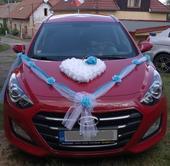 Svatební dekorace na auto pro nevěstu a ženicha,