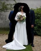 Svatební šaty, 44