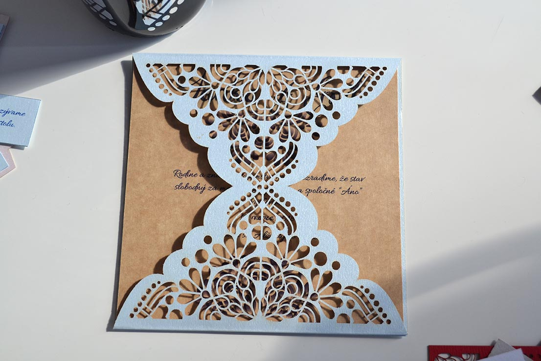 Svadobné oznámenie Ornament modro-prírodná - Obrázok č. 1
