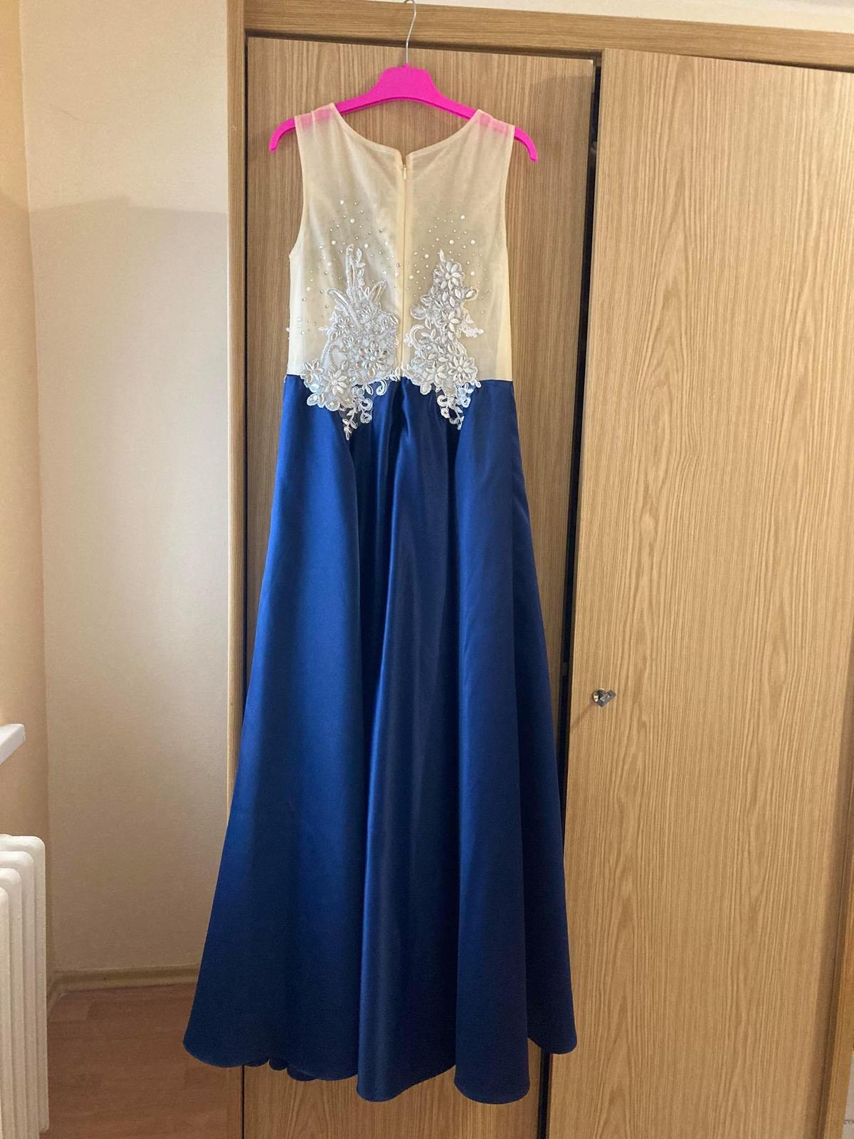 Luxusne šaty veľkosť 34/36 - Obrázok č. 1