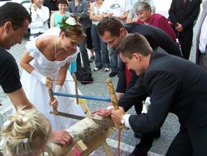 první novomanželský úkol