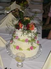 další dortík - nahoře byly živé růže