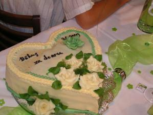 dort od ženicha- mrazák v restauraci zastávkoval a trošku nám ho poničil:0(