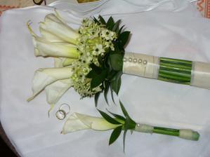 A na koniec svadobná kytica, pierko a prstienky :)).