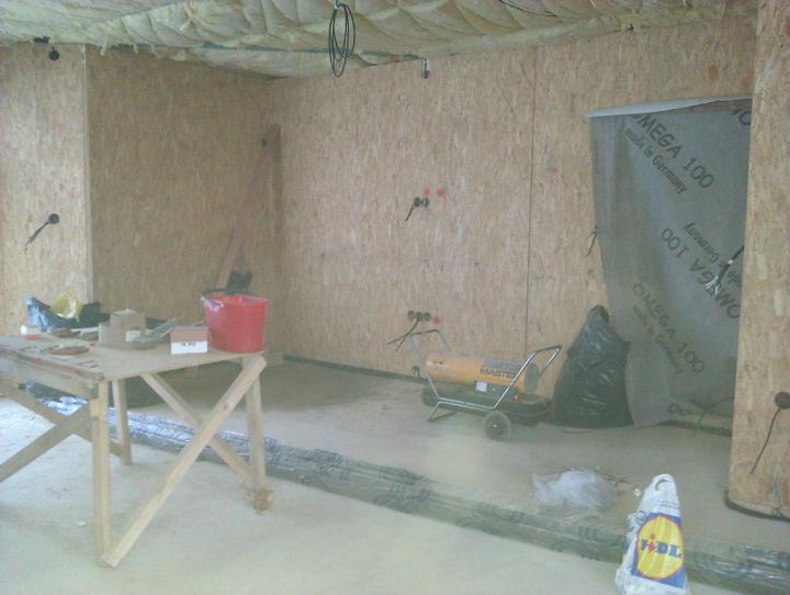 Naše dřevostavba - malá, ale milá :) - obývák