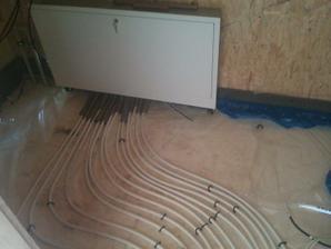 rozvaděč pro podlahové vytápění - 7 okruhů