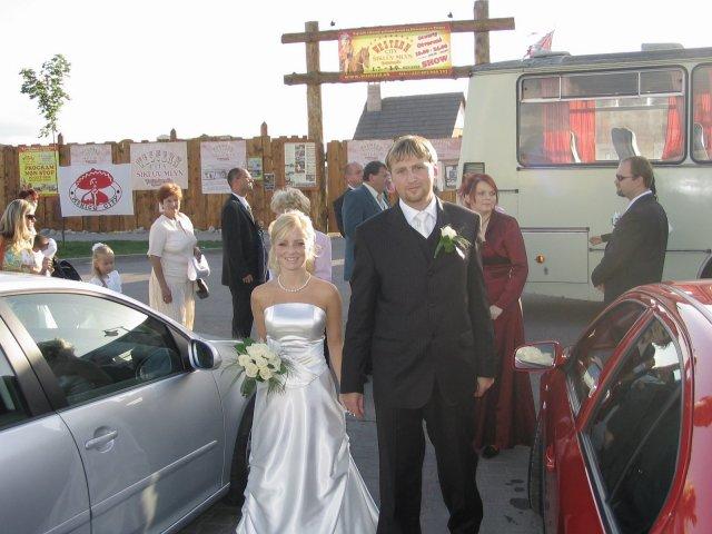 Veronika{{_AND_}}Majko - Prichod na svadobnu hostinu