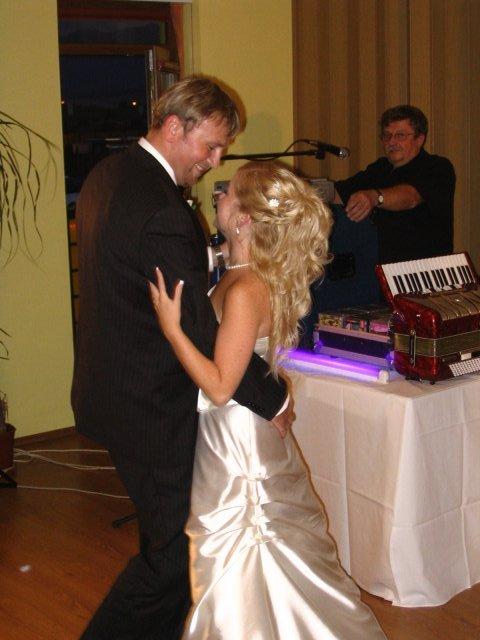 Veronika{{_AND_}}Majko - Náš prvý manželský taneček...