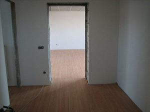 Chodba - vchod do obývacího pokoje