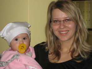 moja neterka a ja... bude z nej krasna druzicka, ze?