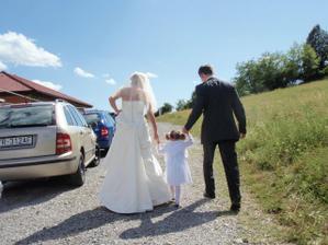 odchadzame na svadbu
