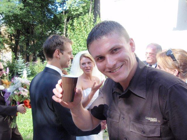 Katka{{_AND_}}Marek - na zdravie Stando