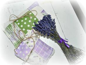 levandulové vankúšiky, nádherná vôňa a pôsobia v šatníku proti moliam :)