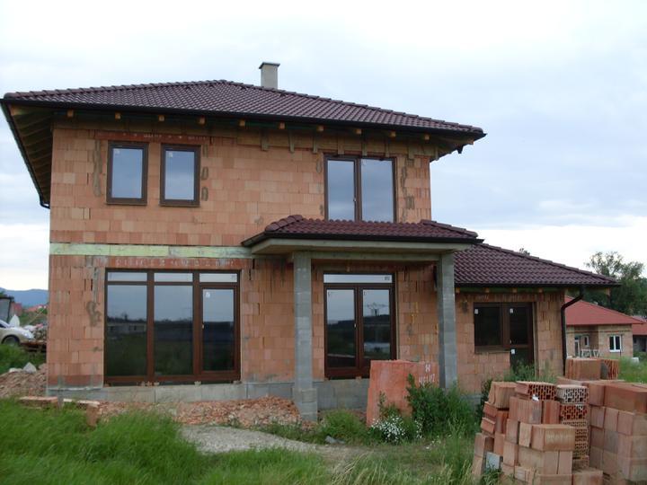 Stavba a interier - ake zabradlie dat na balkon?