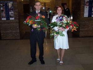 svědkové a květiny
