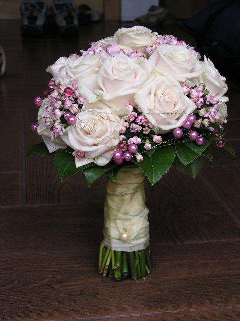 Květnová svatba 3.5.2008 - Pet'a a Míša - Obrázek č. 12