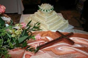 super teta Anka a maleho krstna robila tuto torticku