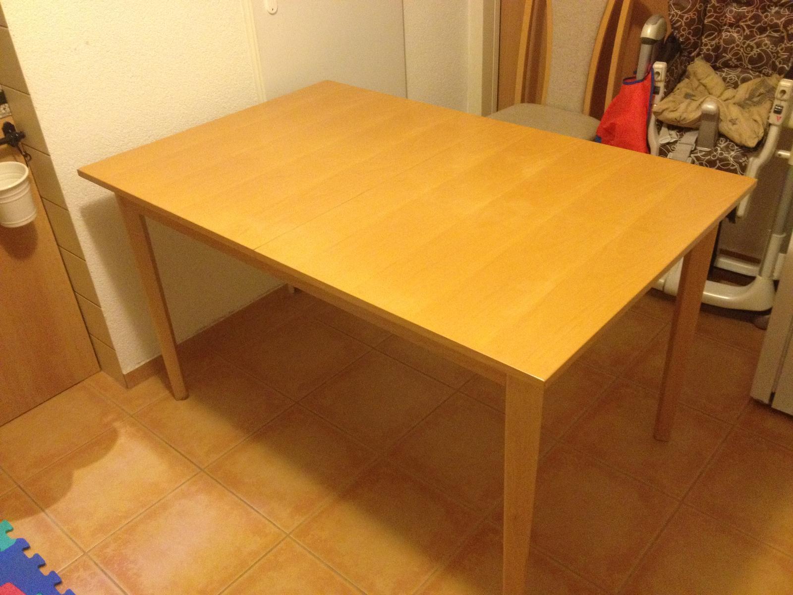 Rozťahovací drevený jedálenský stôl buk - Obrázok č. 1