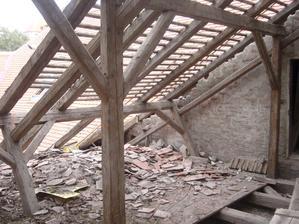 rozdělání střechy