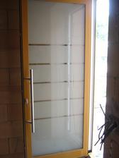 vchodové dveře domantované