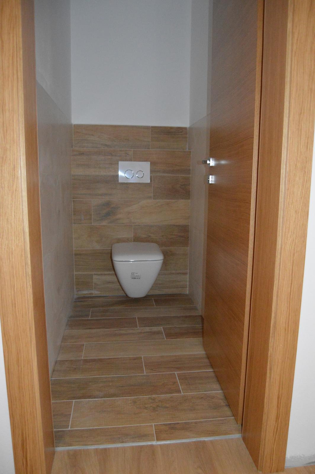Startujeme.... - namontované wc