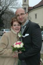 zmrzlí novomanželé :o)
