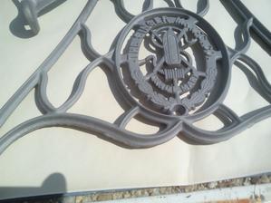 Očistené od pôvodného náteru a hrdze do najmenšieho detailu