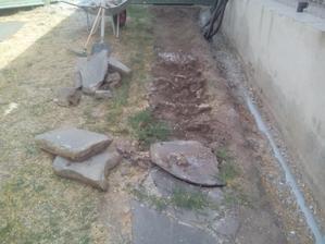 Vonku 36°C a ja pracujem, ako mukel v kameňolome... čo som ja komu spravil?