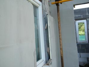 Ešte raz trochu detailnejší pohľad na realizáciu polystyrénovej fasády