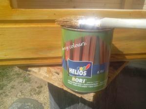 Môj obľúbený ochranný náter na drevo. Od kedy som sa sklamal v Belinke, tak používam väčšinou iba Bori. Nejaké menej dôležité veci natriem aj zvaškom Belinky.