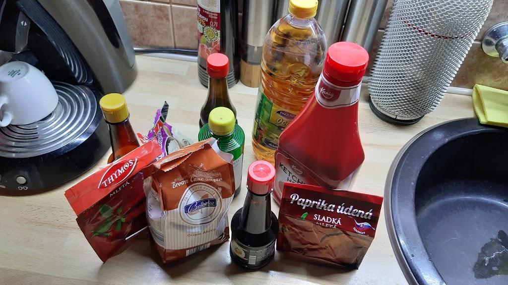 Sušené hovädzie mäso - Než začneme, tak si pripravíme všetky ingrediencie, aby niečo nechýbalo.