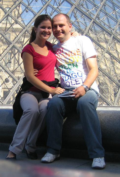 Andrea{{_AND_}}Miroslav - Na naše 1.výročie svadby sme boli v Paríži, už aj s maličkou v brušku (cca 5. týždeň)