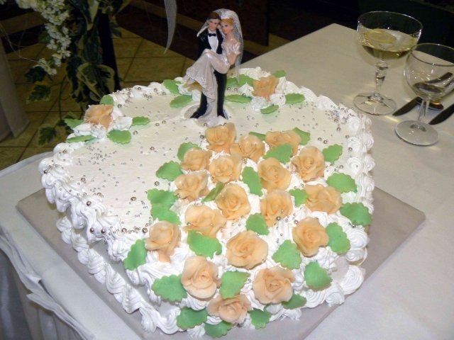 Andrea{{_AND_}}Martin - torta 1