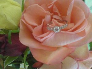 môj zásnubny prstienok